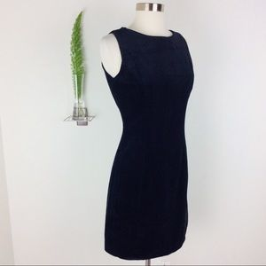 NWT Gap Classic Sleeveless Black Velvety Dress (4)